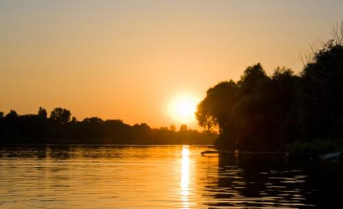 Захід сонця на Осташівці