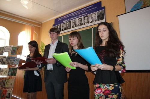 Учасників свята  подарували глядачам чудові вірші та пісні про птахів