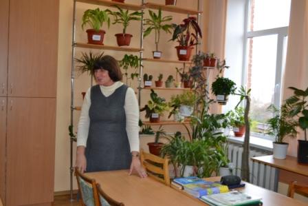 З роботою лабораторії ботаніки та фіторізноманіття  ознайомила к. б. н., доц. Г.А. Чорна